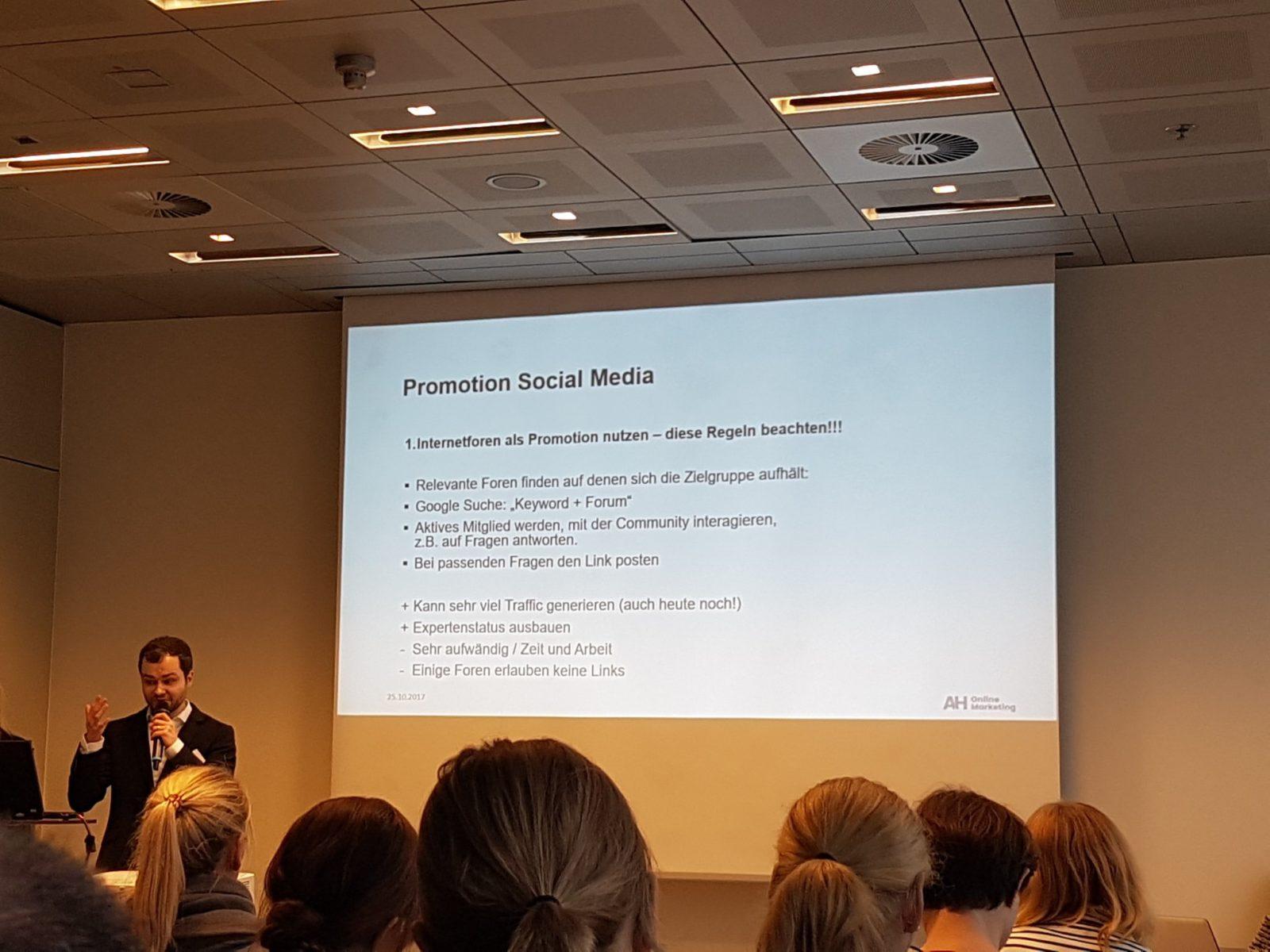 DM RVhoWkAEBMrs.jpg large 1600x1200 - Recap zur Content World in Hamburg am 25.10.2017
